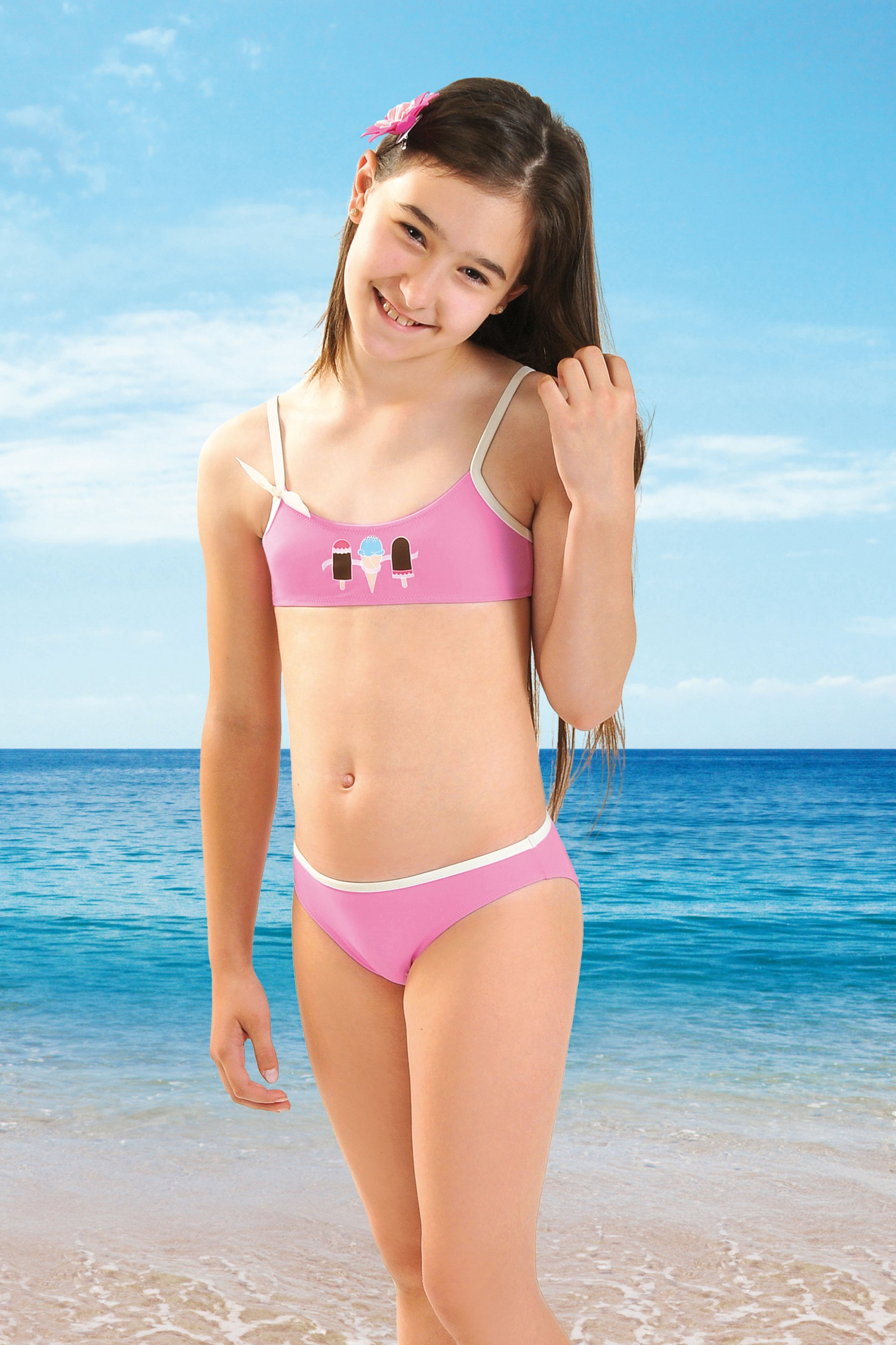 Babe female bikini swimwear the best way